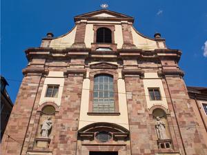 30 uni kirche